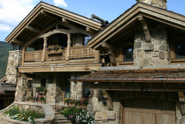 Traditional Mountain Ski Chalet General Contractor Shaeffer Hyde Construction